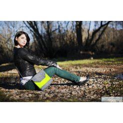 Torebki klasyczne damskie: Szaro-Zielona Torebka z Falbanką
