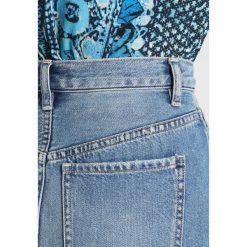 Free People MIDI SKIRT Spódnica ołówkowa  blue. Niebieskie spódniczki jeansowe marki Free People, midi, ołówkowe. Za 349,00 zł.