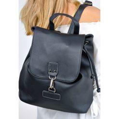 Plecaki damskie: Plecak z zapięciem