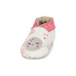 Kapcie niemowlęce Dziecko  Robeez  GIRLY SPACE. Białe kapcie dziewczęce marki Robeez. Za 149,00 zł.