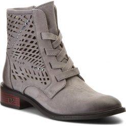 Botki CARINII - B4317 J51-I38-000-C58. Szare buty zimowe damskie Carinii, z materiału, na obcasie. W wyprzedaży za 249,00 zł.