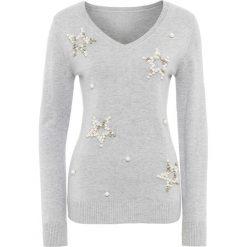 Swetry klasyczne damskie: Sweter z aplikacjami w kształcie gwiazd bonprix jasnoszary melanż