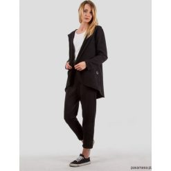 Bluza z kapturem Softy LOOK czarna. Niebieskie bluzy z kapturem damskie marki Pakamera, z bawełny. Za 189,00 zł.