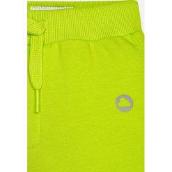 Mayoral - Spodnie dziecięce 68-98 cm. Żółte spodnie chłopięce Mayoral, z bawełny. Za 49,90 zł.