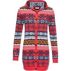 Sweter rozpinany w norweski wzór bonprix koralowy wzorzysty. Pomarańczowe kardigany damskie bonprix. Za 99,99 zł.