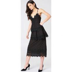 Długie sukienki: Endless Rose Koronkowa sukienka - Black