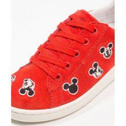 MOA Master of Arts Tenisówki i Trampki red. Czerwone buty sportowe chłopięce MOA - Master of Arts, z materiału. W wyprzedaży za 378,95 zł.