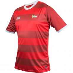 Koszulka Lechia Gdańsk - EMT7010HKD. Czerwone koszulki do piłki nożnej męskie marki New Balance, na jesień, m, z materiału. Za 199,99 zł.