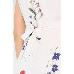 Długie sukienki: IVY & OAK WRAP DRESS CAP SLEEVE VOLANT Długa sukienka snow white