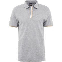 BOSS CASUAL PAXTO SLIM FIT Koszulka polo medium grey. Szare koszulki polo BOSS Casual, l, z bawełny. Za 419,00 zł.