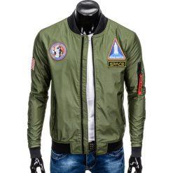 KURTKA MĘSKA PRZEJŚCIOWA BOMBERKA C351 - OLIWKOWA. Zielone kurtki męskie bomber Ombre Clothing, m, w kolorowe wzory, z poliesteru, eleganckie. Za 79,00 zł.