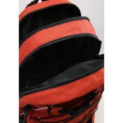 Forvert LAPTOP LOUIS Plecak rust. Czerwone torby na laptopa Forvert. W wyprzedaży za 271,20 zł.