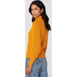 Swetry oversize damskie: NA-KD Sweter z dzianiny z wywijanym golfem - Orange