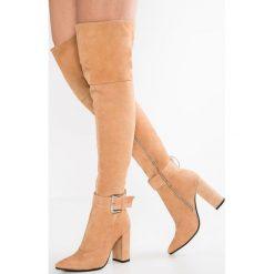 Lavish Alice BUCKLE BOOTS Kozaki na obcasie nude. Brązowe buty zimowe damskie Lavish Alice, z materiału, na obcasie. W wyprzedaży za 1010,65 zł.