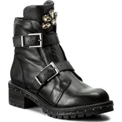 Botki BRONX - 47012-A BX 1417 Black/Gunmetal 188. Czarne botki damskie na obcasie marki Bronx, z materiału. W wyprzedaży za 299,00 zł.