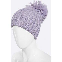 Answear - Czapka. Szare czapki zimowe damskie ANSWEAR, na zimę, z dzianiny. W wyprzedaży za 14,90 zł.