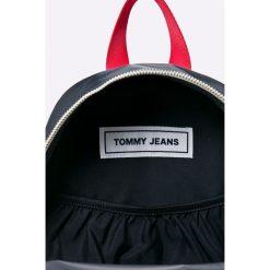 Tommy Hilfiger - Plecak. Czarne plecaki damskie marki TOMMY HILFIGER, z poliesteru. Za 399,90 zł.