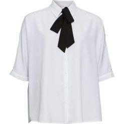 Bluzka z krawatką bonprix biały. Białe bluzki wizytowe marki bonprix, biznesowe. Za 89,99 zł.