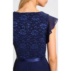 Swing Sukienka koktajlowa ink. Niebieskie sukienki koktajlowe marki Swing, z elastanu. Za 509,00 zł.