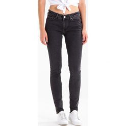 Levi's® 711 SKINNY Jeans Skinny Fit black dove. Szare rurki damskie Levi's®. Za 369,00 zł.