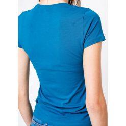 Bluzka basic krótki rękaw okrągły dekolt niebieska. Niebieskie bluzki damskie Yups, l, z bawełny, młodzieżowe, z okrągłym kołnierzem, z krótkim rękawem. Za 29,99 zł.