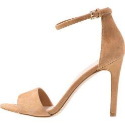 ALDO FIOLLA Sandały na obcasie natural. Różowe sandały damskie ALDO, z materiału, na obcasie. Za 349,00 zł.