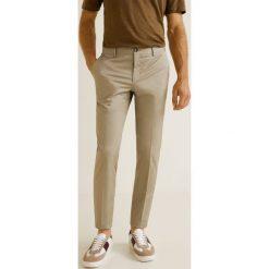 Mango Man - Spodnie Dublin3. Szare chinosy męskie Mango Man, z bawełny. Za 199,90 zł.