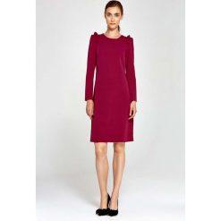 Bordowa Sukienka Trapezowa z Falbankami na Ramionach. Czerwone sukienki balowe marki Molly.pl, na co dzień, l, z falbankami, oversize. Za 149,90 zł.