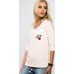 Bluzki asymetryczne: Bladoróżowa Bluzka z Haftem 3330