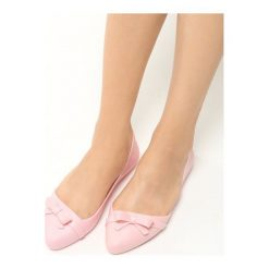 Różowe Balerinki Filament. Czerwone baleriny damskie Born2be, na płaskiej podeszwie. Za 39,99 zł.