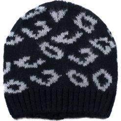 Czapka damska Pantera ze ściągaczem czarna. Czarne czapki zimowe damskie marki Art of Polo, z motywem zwierzęcym. Za 32,73 zł.