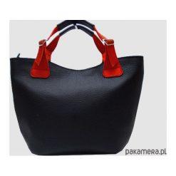 Skórzana czarna torba. Czarne torebki klasyczne damskie Pakamera, z materiału. Za 145,00 zł.