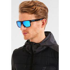 Oakley CROSSRANGE Okulary przeciwsłoneczne polished black/prizm sapphire. Czarne okulary przeciwsłoneczne męskie Oakley. Za 719,00 zł.