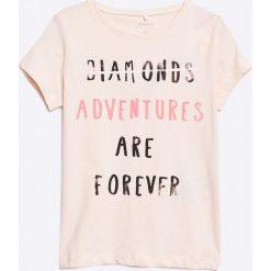 Name it - Top dziecięcy 110-158/4. Szare bluzki dziewczęce Name it, z nadrukiem, z bawełny, z okrągłym kołnierzem. W wyprzedaży za 26,90 zł.