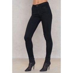 Spodnie z wysokim stanem: NEUW Czarne jeansy Smith Night Black - Black
