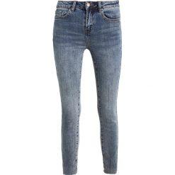 New Look RIPPED FRAY HEM NICKI Jeans Skinny Fit teal. Czarne jeansy damskie marki New Look, z materiału, na obcasie. W wyprzedaży za 152,10 zł.