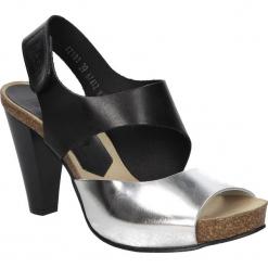 SANDAŁY NESSI 42103. Czarne sandały damskie marki Nessi, z materiału, na obcasie. Za 149,99 zł.