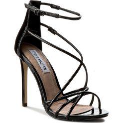 Sandały damskie: Sandały STEVE MADDEN – Satire Sandal 91000218-0W0-07004-01016 Black Patent