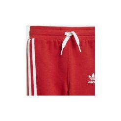 Zestawy dresowe adidas  Dres z bluzą z kapturem Trefoil Monogram. Czerwone bluzy chłopięce rozpinane marki Adidas, z dresówki, z kapturem. Za 229,00 zł.