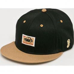 True Spin - Czapka. Czarne czapki z daszkiem męskie marki True Spin, z bawełny. W wyprzedaży za 29,90 zł.