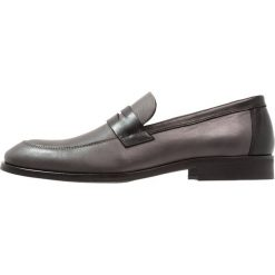Zign Eleganckie buty grey. Szare buty wizytowe męskie Zign, z materiału. Za 379,00 zł.