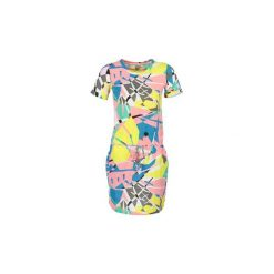 Sukienki krótkie Bench  BLWS001962. Szare sukienki mini Bench, m, z krótkim rękawem. Za 216,30 zł.