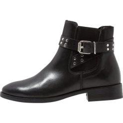 KIOMI Ankle boot black. Czarne botki damskie na zamek KIOMI, z materiału. Za 419,00 zł.
