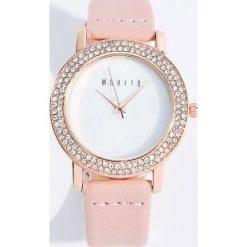 Zegarki damskie: Zegarek ze zdobioną kopertą – Wielobarwn