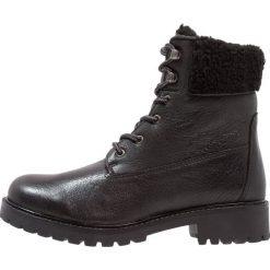 Mint&berry Botki sznurowane black. Czarne buty zimowe damskie marki mint&berry, z materiału, na sznurówki. Za 379,00 zł.