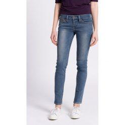 Levi's - Jeansy. Brązowe jeansy damskie rurki marki Levi's®, z obniżonym stanem. W wyprzedaży za 269,90 zł.