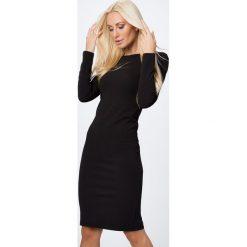 Sukienka ze złotym suwakiem czarna 65000. Czarne sukienki marki Fasardi, l. Za 84,00 zł.