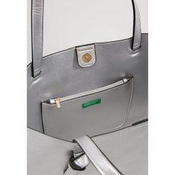 Torebki klasyczne damskie: Benetton Torba na zakupy silver