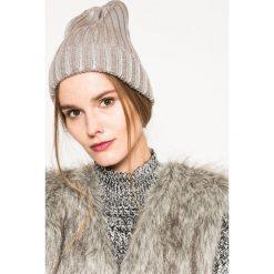 Medicine - Czapka Grey Earth. Szare czapki zimowe damskie marki MEDICINE, na zimę, z dzianiny. W wyprzedaży za 19,90 zł.