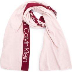 Szal CALVIN KLEIN - Stripey Branded Scar K60K604729 629. Czerwone szaliki męskie Calvin Klein, z elastanu. Za 299,00 zł.